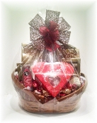 """Ultimate Valentine"" Gift Basket"